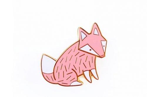 Vos pin pastel roze
